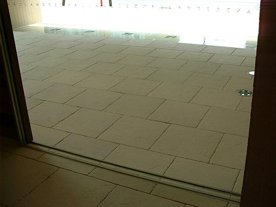炻器質無釉大型陶板床1